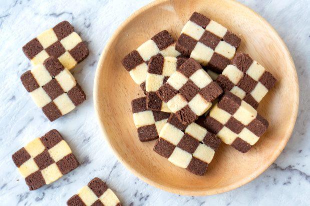 Checkerboard Cookies (Biskut Dam)