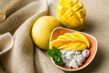 Thai Mango Sticky Rice (Khao Neow Ma Muang)