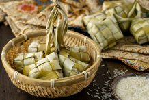 Compressed Rice Dumpling (Ketupat)