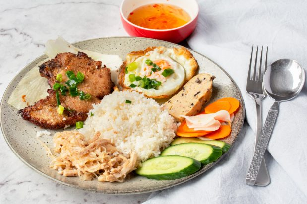 Vietnamese Broken Rice with Grilled Pork (Com Tam)