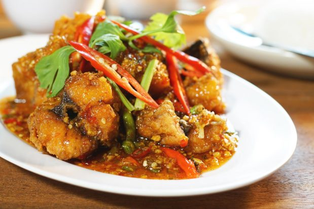 Fried Fish with Sweet Chilli Sauce