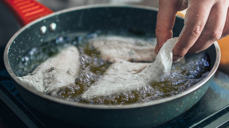 How to Fry Fish Like An Asian Pro