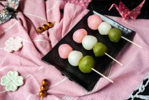 Japanese Flower-Viewing Rice Dumplings (Hanami Dango)