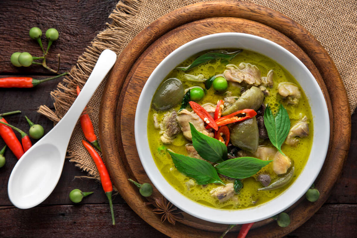 5 Dishes That Define Authentic Thai Flavours