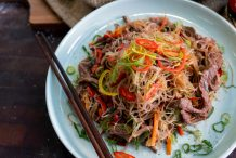 Stir Fried Rice Vermicelli with Beef