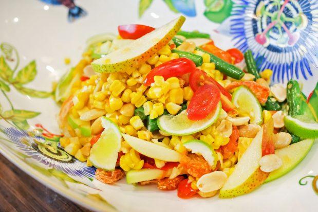 Thai Sweetscorn Salad (Tum Khao Pod)