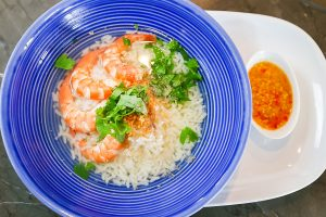 Boiled RD43 Rice with Prawns (Khao Tom Goong)