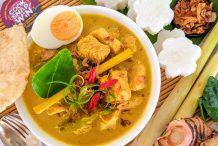Opor Ayam Kuning (Pressure Cooker Javanese Coconut Chicken Curry)