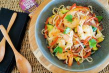 Banana Prawns & Rice Noodles with Tangy Lime & Oyster Sauce