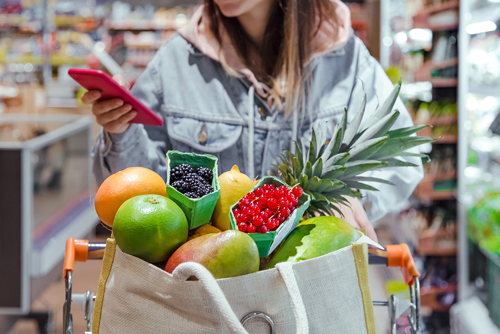 20 Tips to Save Money on Groceries