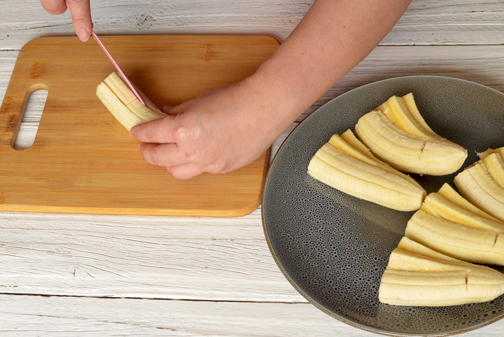 Make the Perfect Crispy Banana Fritters