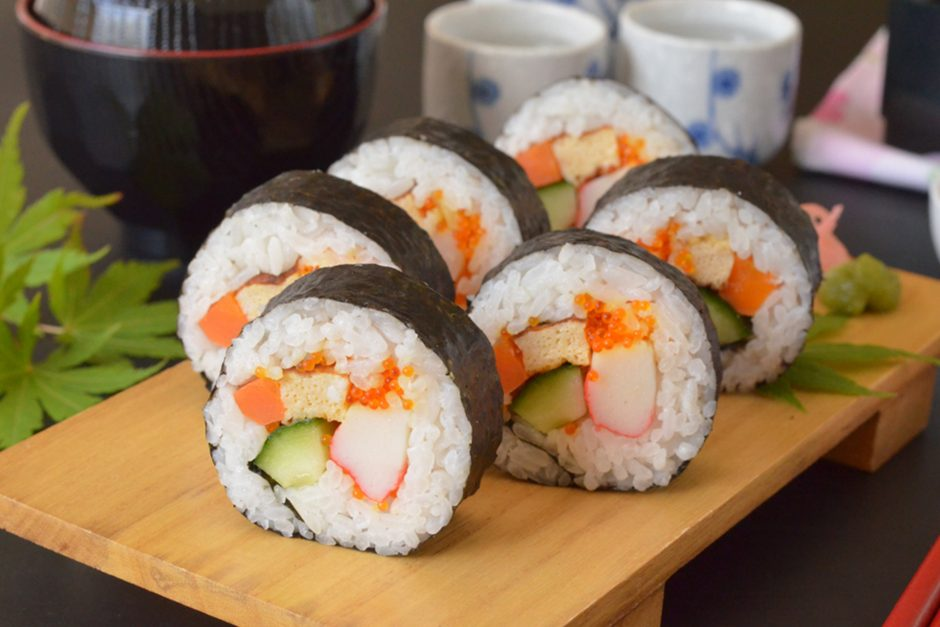 Step-by-step: How to make your own sushi rolls