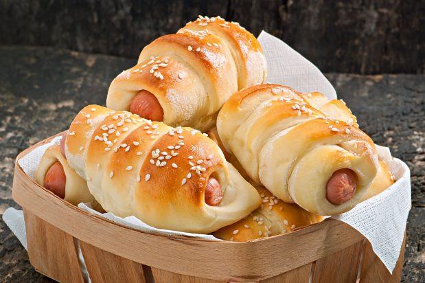 Hong Kong Style Sausage Buns