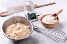 Yudane vs Tangzhong: Asian Methods for Fluffy Bread