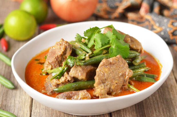 Slow Cook Thai Beef Curry