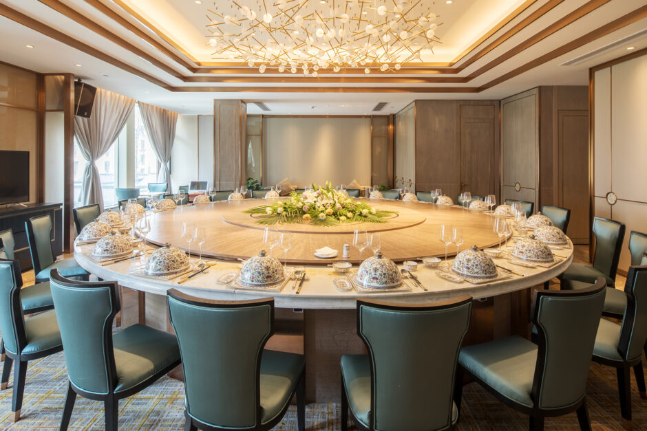 The Basics of Chinese Table Etiquette